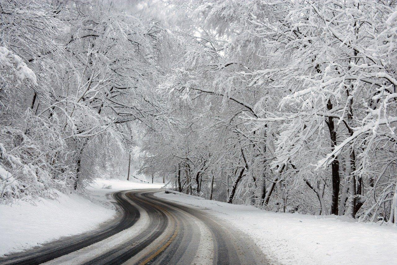 Hogyan vezessünk hóban?